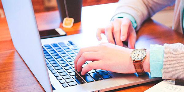 Los consumidores quieren una atención al cliente rápida, eficiente y gratuita en la tienda online