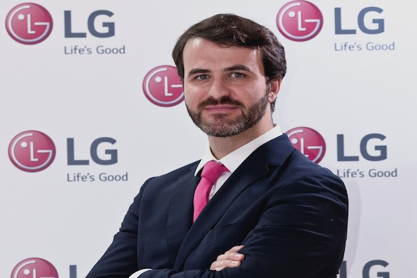 """Sergio de León """"Fideliza que algo queda"""""""