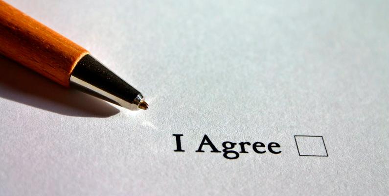Obligaciones legales en formularios