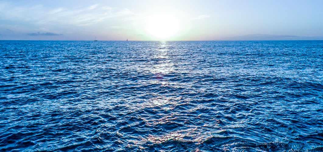 Cómo implantar estrategia océano azul